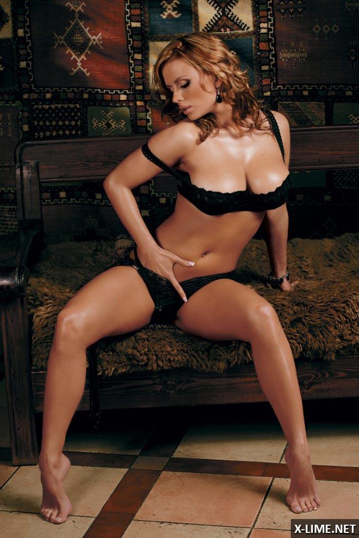 Фото домашная порно анна семиновича фото 695-979