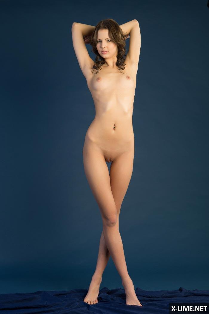 Фото красивых девушек сзади голых худые фото 722-154