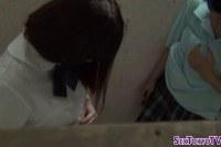 Порно Видео: Молоденькие японки лесбиянки целуются