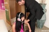 Порно Видео: Кончил худенькой японке в рот