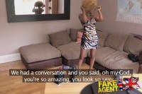 Порно Видео: Трахает стройную негритянку на кастинге