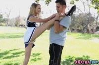 Порно Видео: Petite teen cheerleader