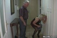 Порно Видео: Старики трахнули молодую девушку