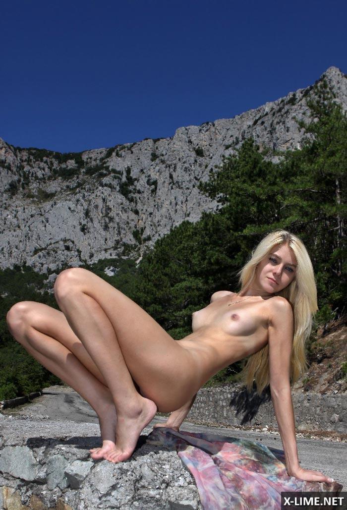 Порно руские блондинки худенькие высокие