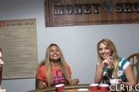 Порно Видео: Блондинка проиграла в карты